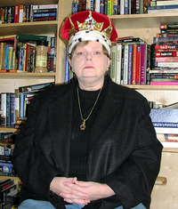 tamora pierce wearing a crown. she probably doesn't always wear one, but should.