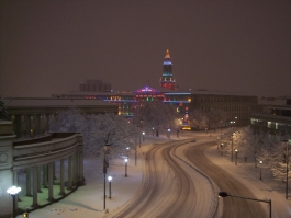 picture of denver in the snow