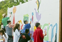 kids working on a mural
