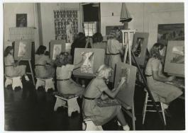 vintage photo of a drawing class