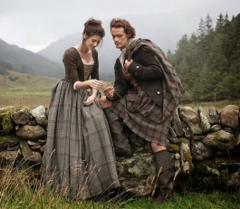 http://screencrush.com/starz-outlander-tv-series-trailer-photos/