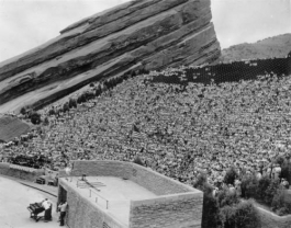 Crowd at Red Rocks 1952